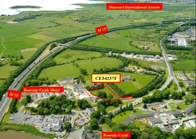 Bunratty Village CE54237F, Bunratty, Co. Clare
