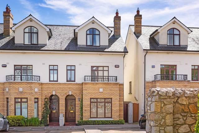3 Elton Court, Castlepark Road, Sandycove, County Dublin