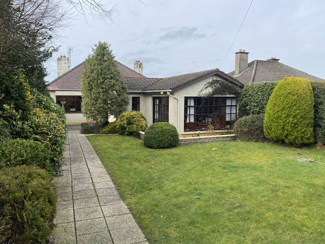 6 Highfield Park, Ennis, Co. Clare
