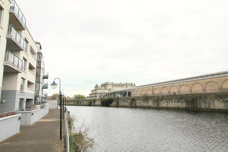 Apt. 82 Parkgate Place, Dublin 8