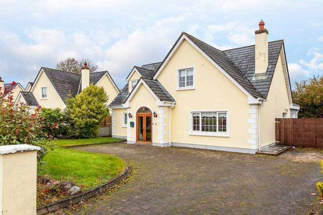 21 The Meadows, Coill Dubh