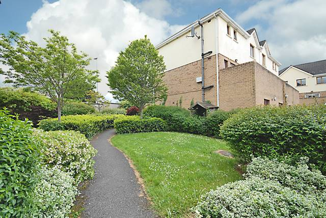 32 The Court, Larch Hill, Santry, Dublin 9