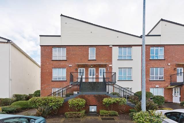37 Beechdale Court, Ballycullen, Dublin 24