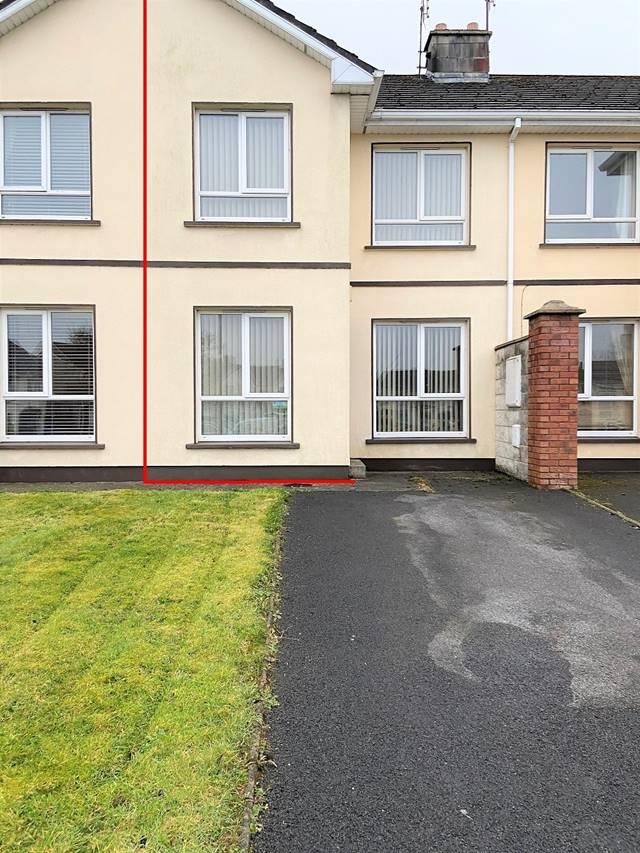12 Woodville, Newport Road, Castlebar, Co. Mayo