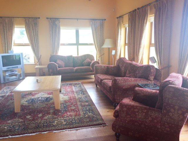 Barrtra Lodge, Carhuintedane, Lahinch, Co. Clare