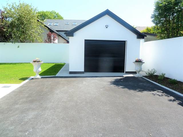 Westport Road , Castlebar