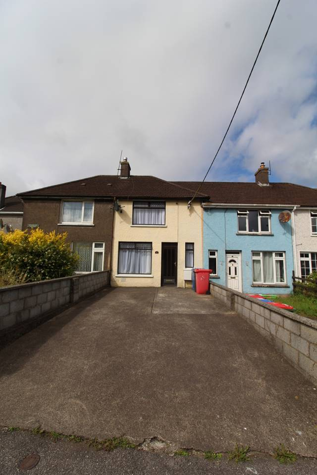 32 Greenmount Crescent, The Lough, Co. Cork