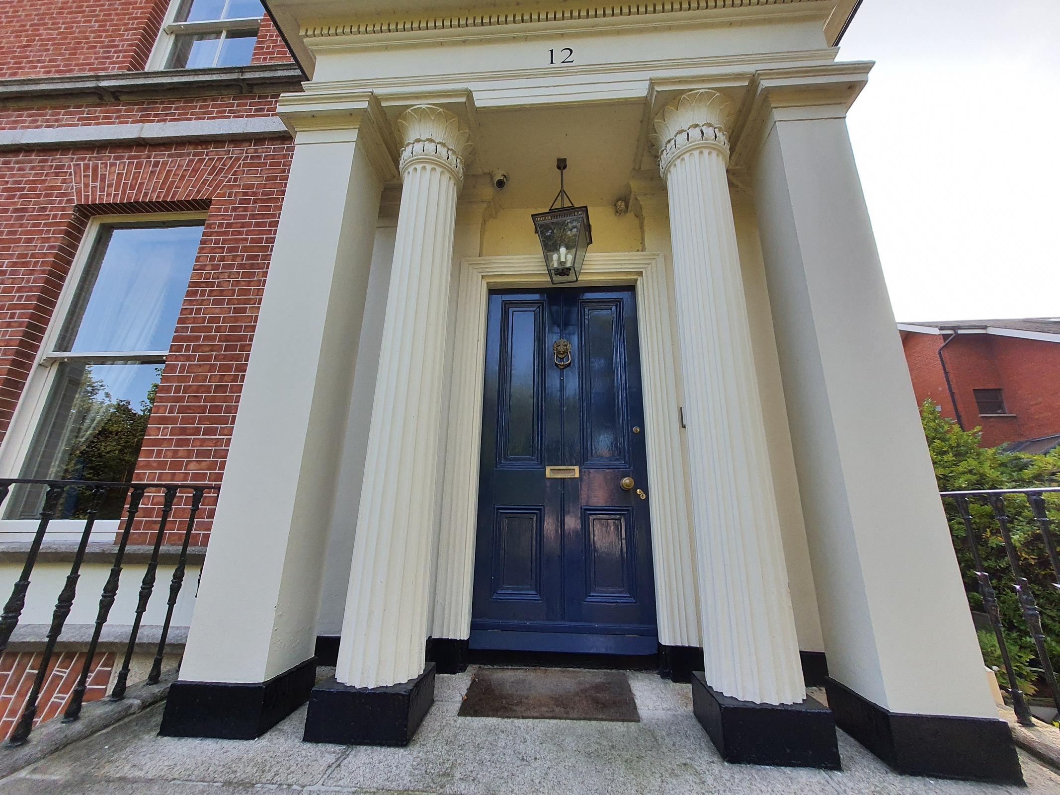 12 Raglan Road, Ballsbridge, Dublin 4