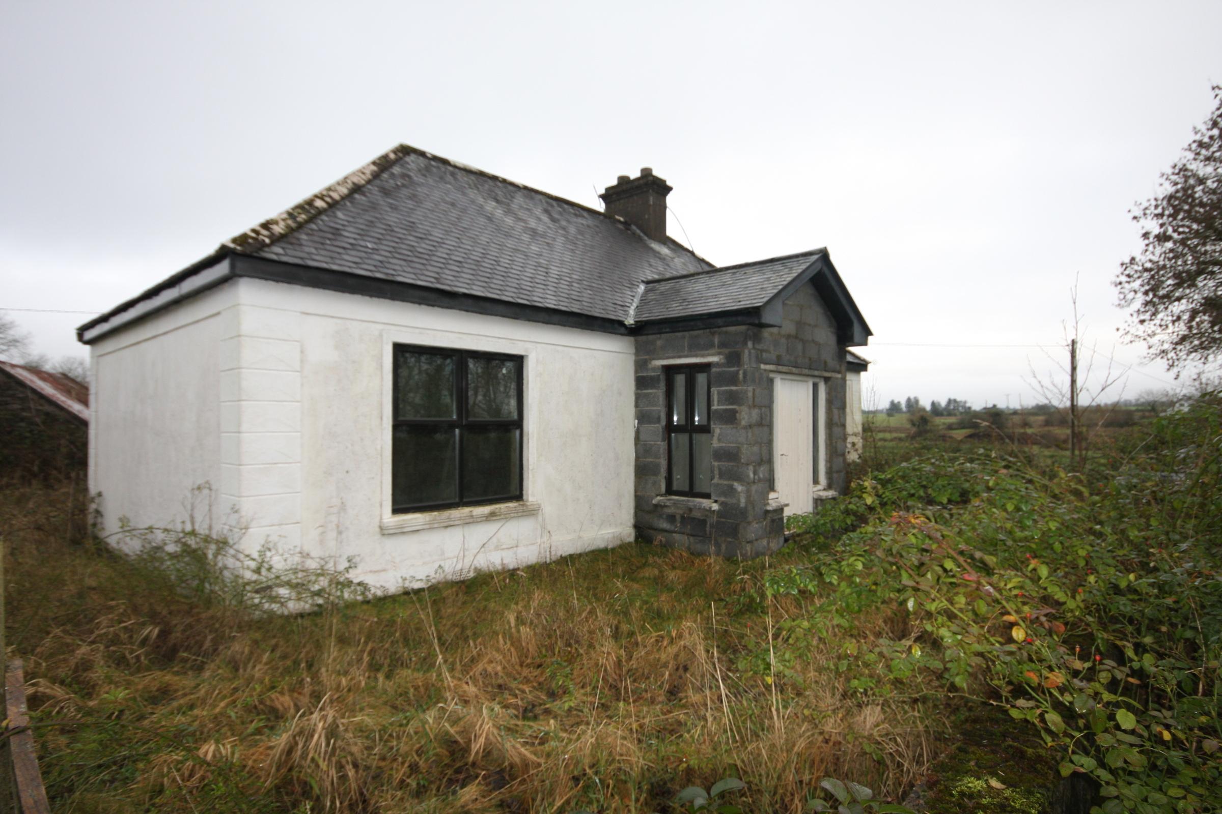 Knocksaxon,Ballyvary, Castlebar, Co. Mayo