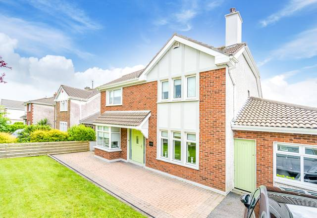 11 Watersville, Castlebar, Co. Mayo