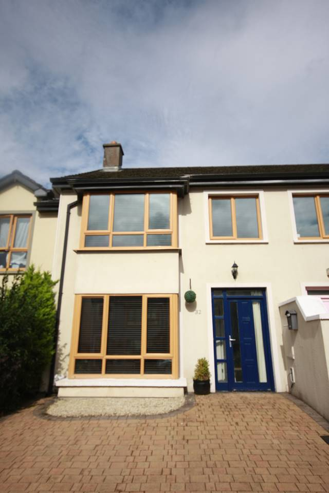 32 Carrabeag, Castlebar, Co. Mayo