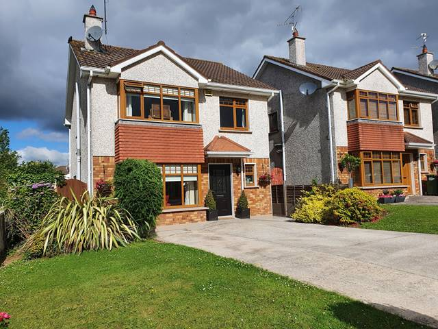 1 Meadowbrook, Herons Wood, Carrigaline, Co. Cork