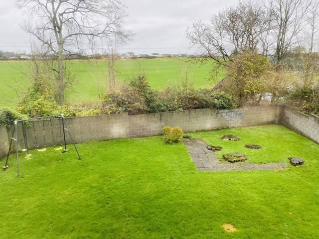15 Iniscarrigh, Saint Flannans Drive, Ennis, Co. Clare