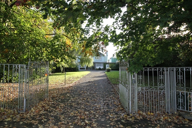 Dublin Road, Thurles, Co. Tipperary