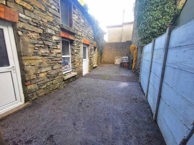 No1 Barrack Street, Bantry, West Cork, P75 XE00