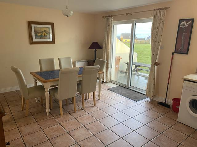 ATLANTIC VIEW HOLIDAY HOMES, 57 Atlantic View Holiday Homes, Kilkee, Co. Clare