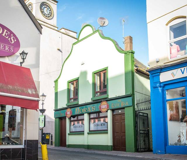 Noras The Gate Bar, Main Street, Carrick-On-Suir, Co. Tipperary