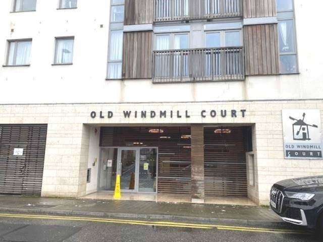 27 Old Windmill Court, Lower Gerald Griffin Street