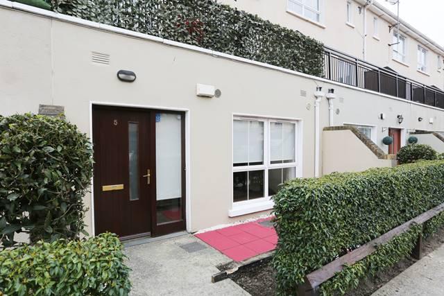 5 Chipping Row, Ongar, Dublin 15