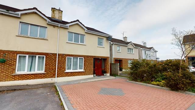 49 Carraig Geal, Loughrea, Co. Galway