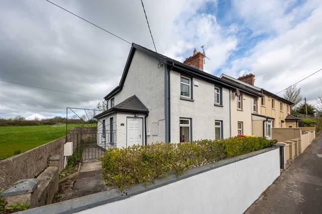 1 The Terrace, Pill Road, Carrick-On-Suir, Co. Tipperary