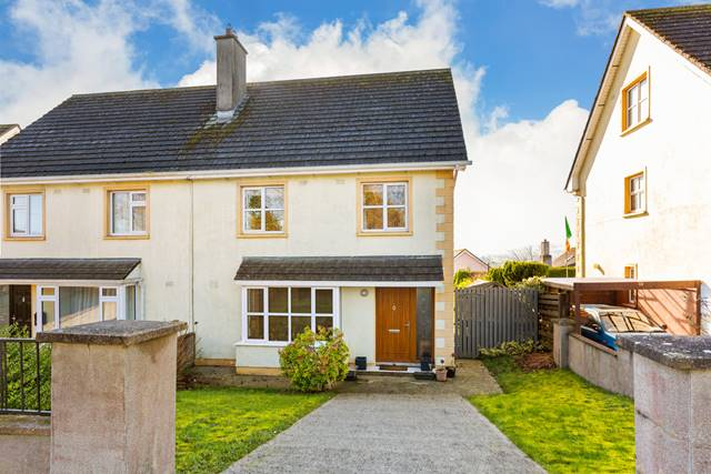 8 Coves Brook, Gorey Road, Carnew, Co. Wicklow