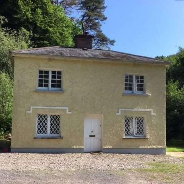 Glendooneen Lodge, Glendooneen, Riverstick, Co. Cork