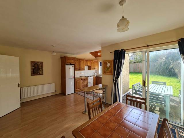 Leinster Property present this bright and spacious 3 bed home in the village of Summerhill, Co Meath