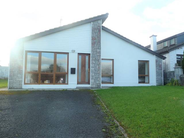 46 Rathbawn Drive, Castlebar, Co. Mayo