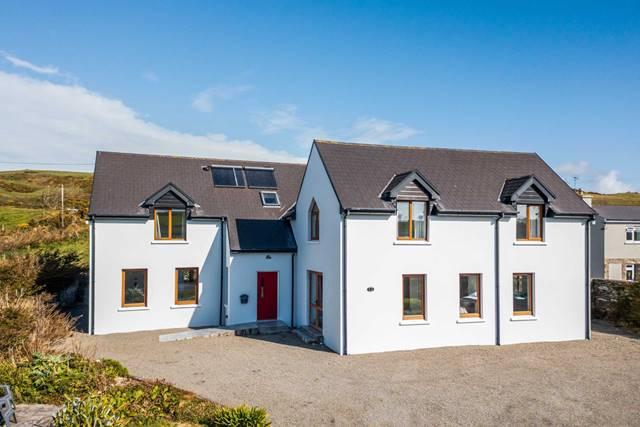 Cliona Lodge, Coast Road, Castletownshend, P81 PN79