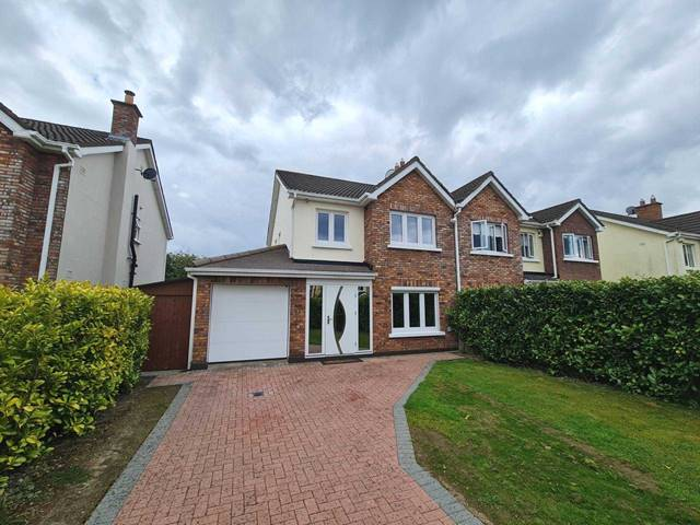 Leinster Property present this superb 3 bedroom home in Sallins Bridge.