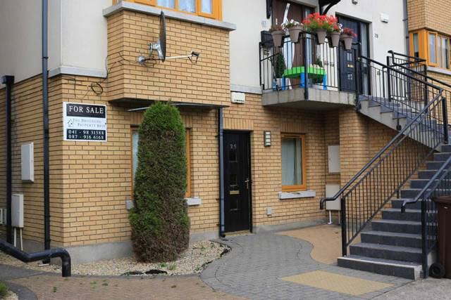 25 The Alders, Avourwen, Drogheda, Co. Louth.