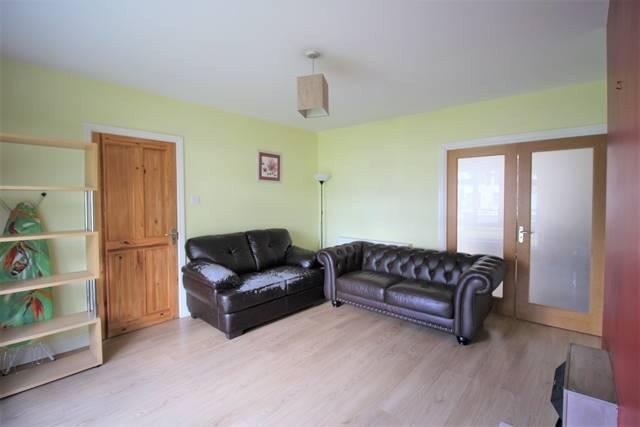 94 Meadowview Grove, Hillcrest, Lucan, Co. Dublin