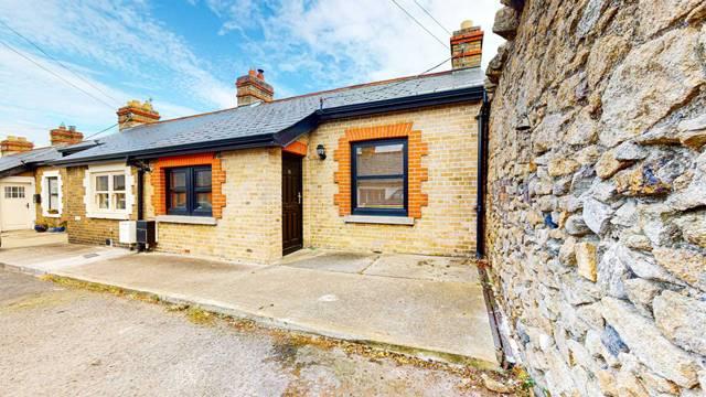 10 Newtown Villas, Blackrock, County Dublin