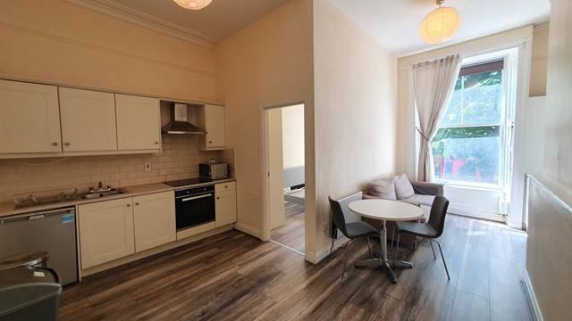 Apartment 1, 8 Parliament Street, Dublin 2