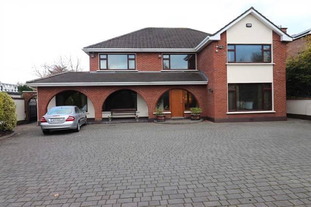 Castleknock Lodge, Castleknock, Dublin 15.