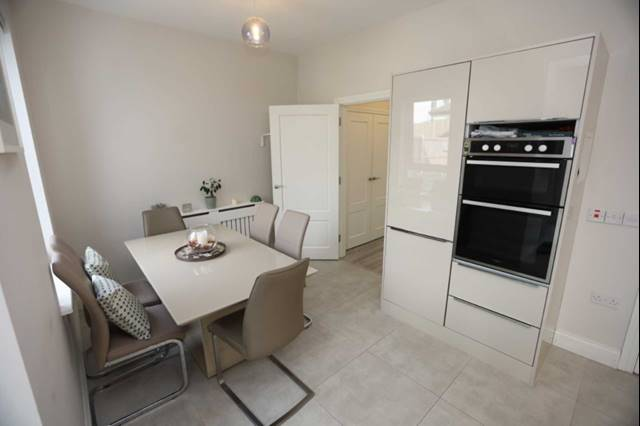 25 Cove Walk Avenue, Kinsale Manor, Kinsale, Co. Cork, P17 N281