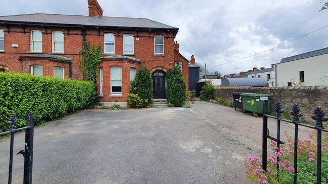 10 Lansdowne Terrace, Shelbourne Road, Ballsbridge, Dublin 4