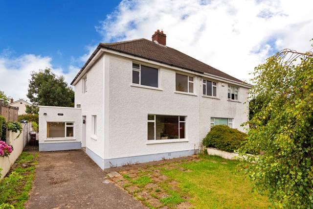 127 Springhill Avenue, Deansgrange, Blackrock, County Dublin