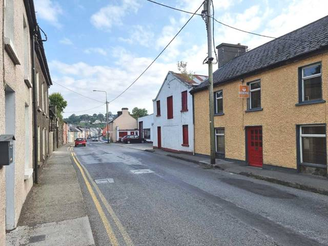 17 Glengarriff Road, Bantry, West Cork, P75 N406