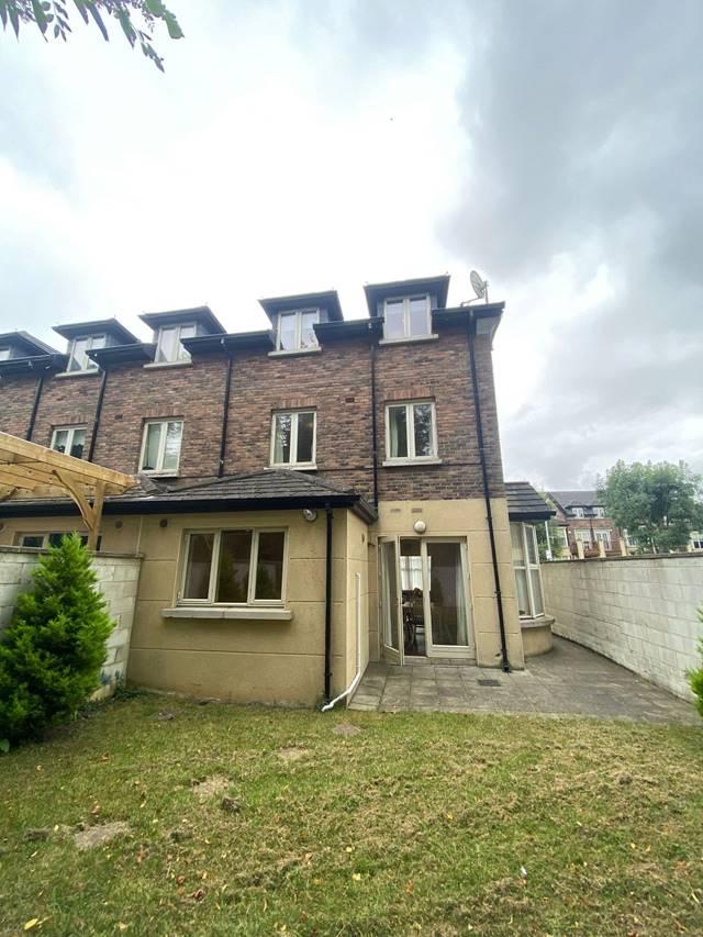11 Browns Barn Wood, Kingswood, Dublin 22