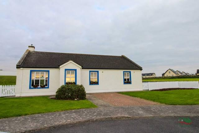 3 Dún na Sí, Carrowhubbock South, Enniscrone, Co. Sligo