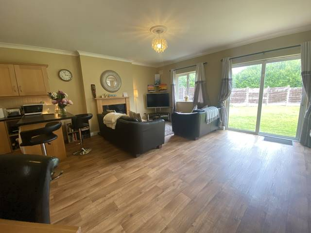 76 Oakleigh Wood, Dooradoyle, Co. Limerick