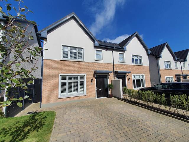 19 The Lawn, Janeville, Carrigaline, Co. Cork