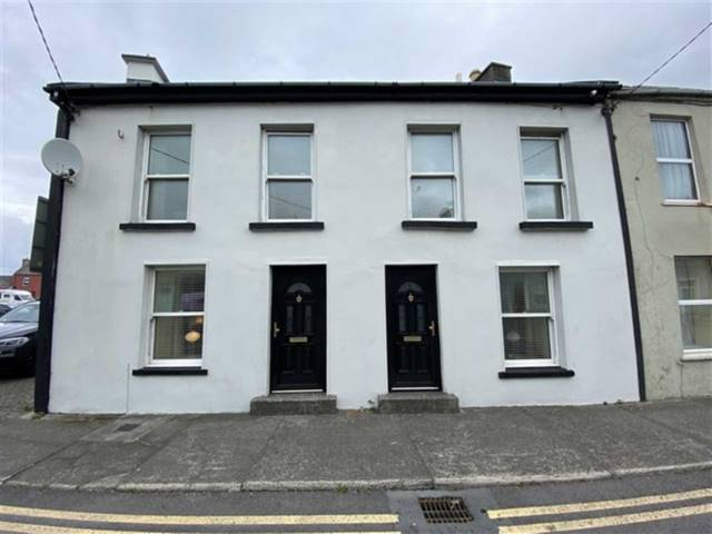 36 O' Connell Street, Kilkee, Co Clare